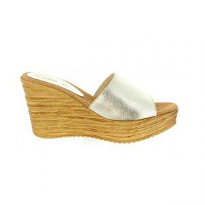 0b95fdd2f0c8 Rýchly náhľad. Dámske kožené šľapky sandále Cumbia G210 platinum