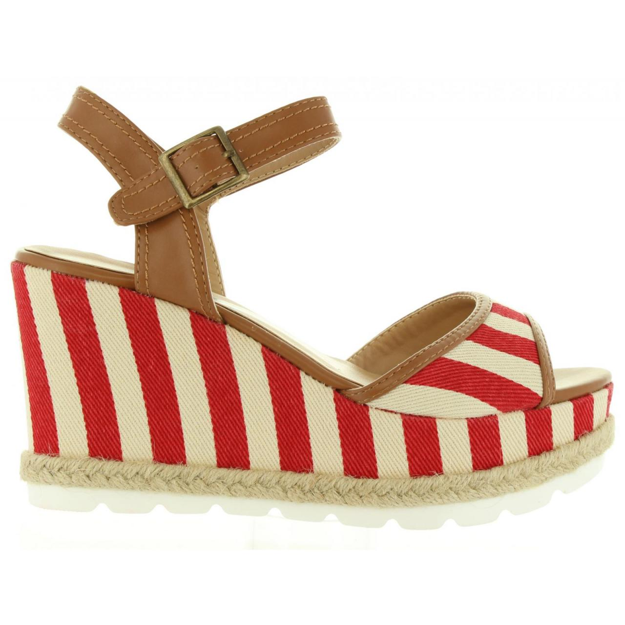 Dámske letné sandále na platforme REFRESH 63508 červené  9363d6b3a53